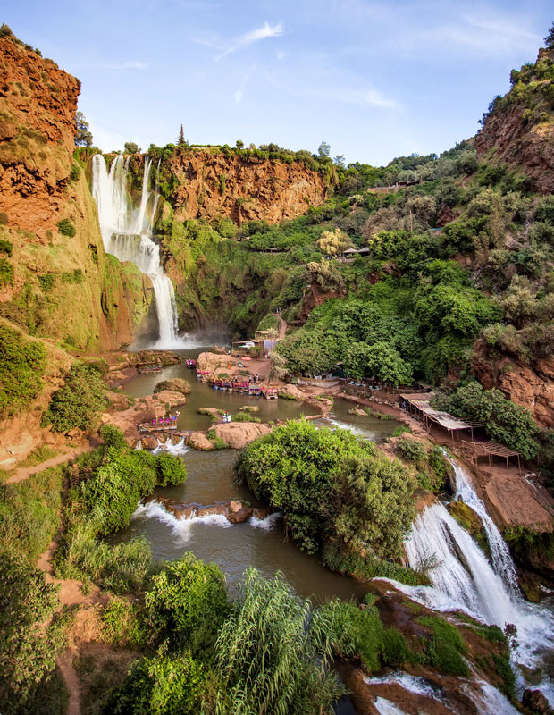 At the Ouzoud waterfalls in Morocco you can ride a boat