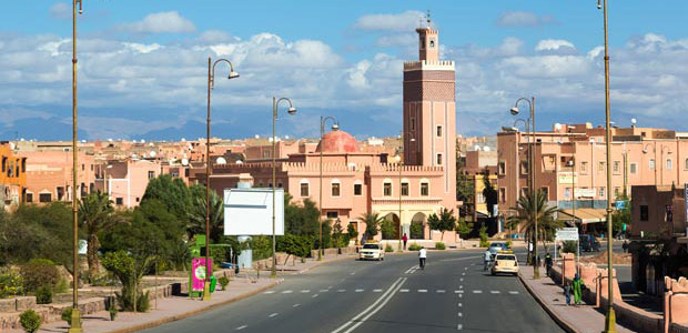 Ouarzazate is a stop for anyone who travels to the Sahara desert