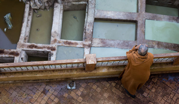 How to visit the Fez tanneries? There are two ways to get to the Chouara Tannery